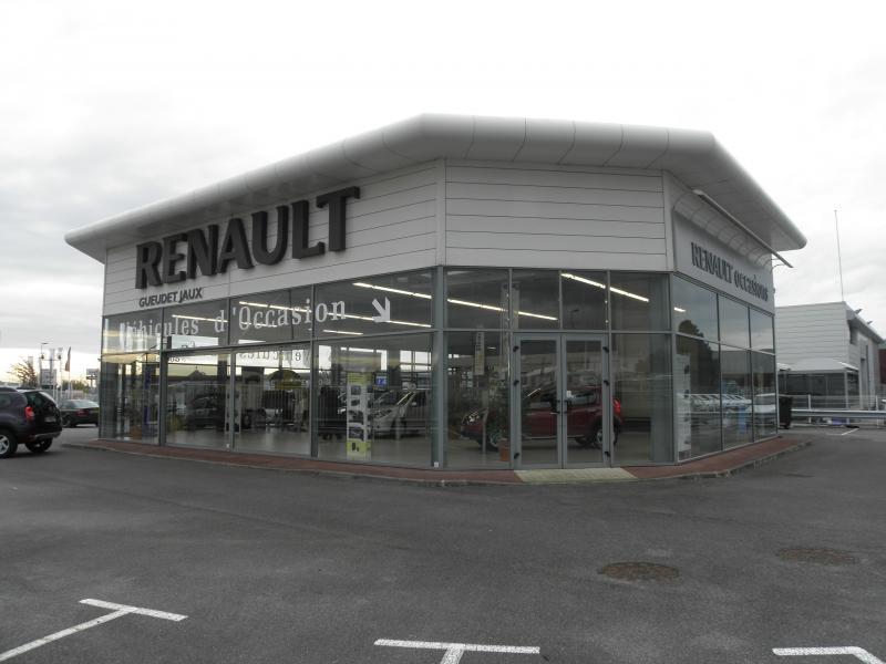 Renault entrée n°3.jpg
